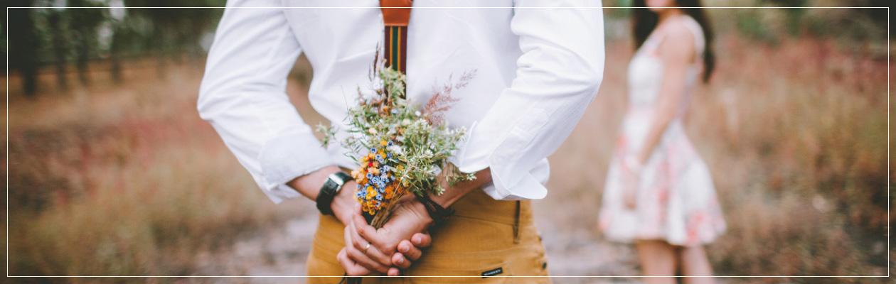 PROPOSE 場所・タイミング・婚約指輪・サプライズ演出… 事前準備を揃えてこそ、最高のプロポーズを 私たちは貴方の「プロポーズ」を応援します!