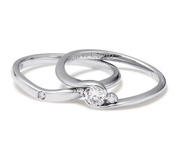 フェミニン 婚約指輪のHeart s