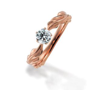 ゴージャス,個性的 婚約指輪のアカント