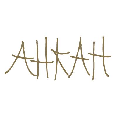 アーカーAHKAH)