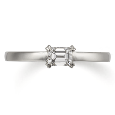 アンティーク 婚約指輪のアマン