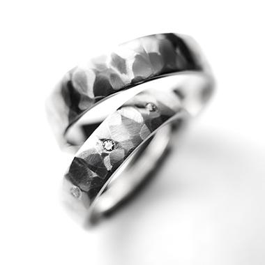 フェミニン 結婚指輪のRocher