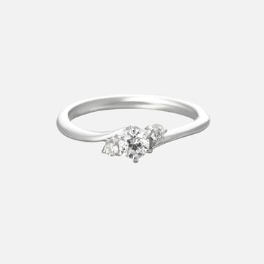 婚約指輪のbouquet