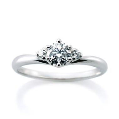 婚約指輪のシェリ デュー