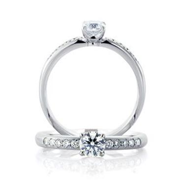 婚約指輪のスーム デュー