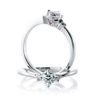 婚約指輪のアンジェリカ