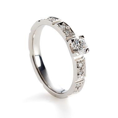 フェミニン 婚約指輪のponte