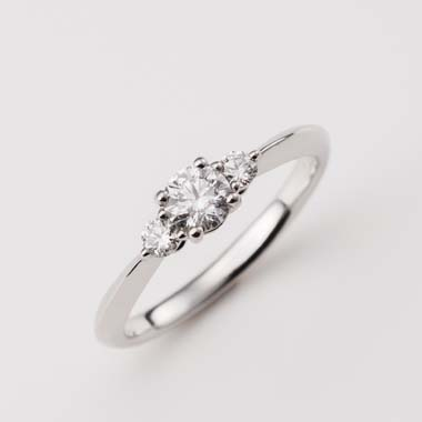 個性的 婚約指輪のC-2-Eng