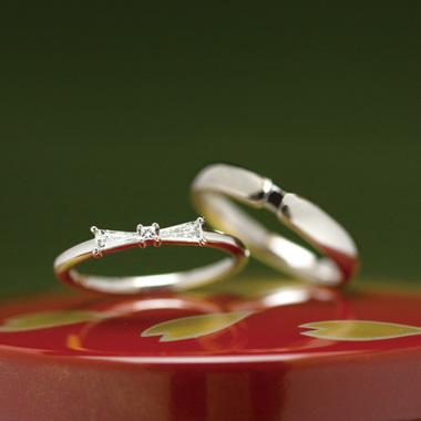 個性的 結婚指輪のりぼん