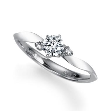アンティーク 婚約指輪のトレフル