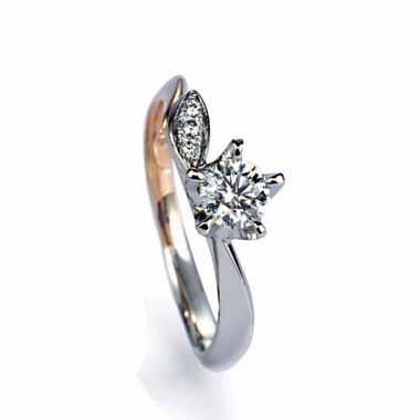 ゴージャス 婚約指輪のマリーゴールド