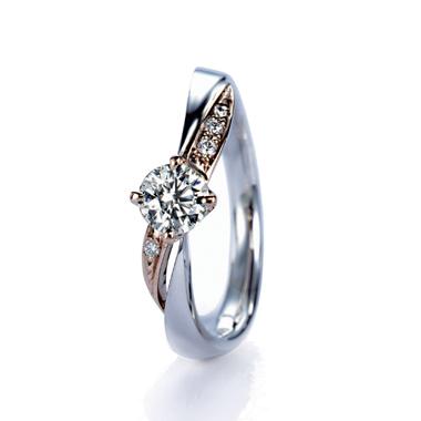ゴージャス 婚約指輪のダリア