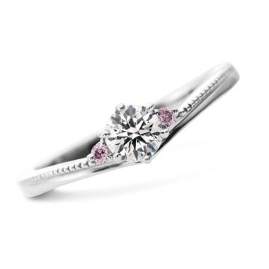 フェミニン 婚約指輪のレミュルミュー