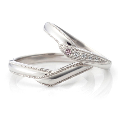 フェミニン 結婚指輪のランピード