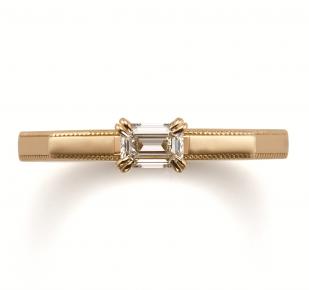 アンティーク 婚約指輪のサファリ