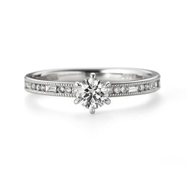 アンティーク 婚約指輪のグラッツィア