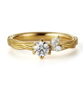 アンティーク 婚約指輪のヴィーヴォ