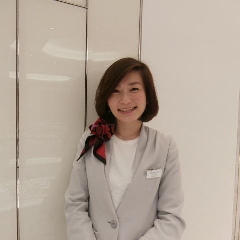 安井 友美