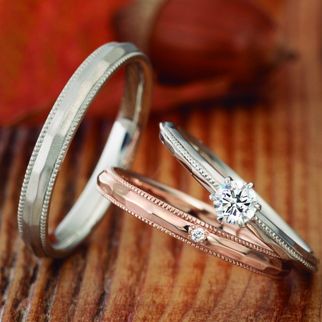 フェミニン,アンティーク 結婚指輪のCrape myrtle