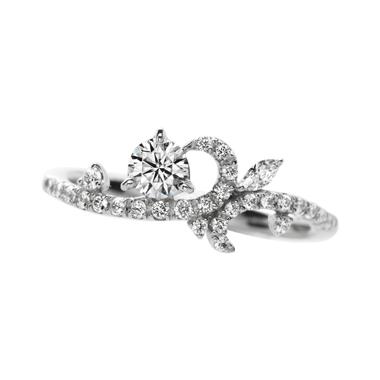 ゴージャス 婚約指輪のchaleureusement