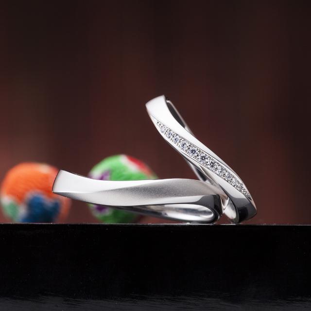 シンプル 結婚指輪の百年の約束