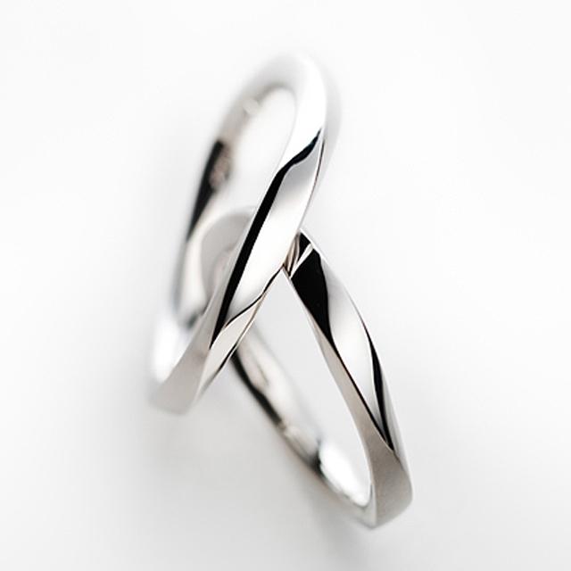 フェミニン 結婚指輪のEclair