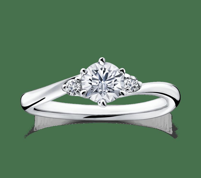ゴージャス 婚約指輪のファイアワークス