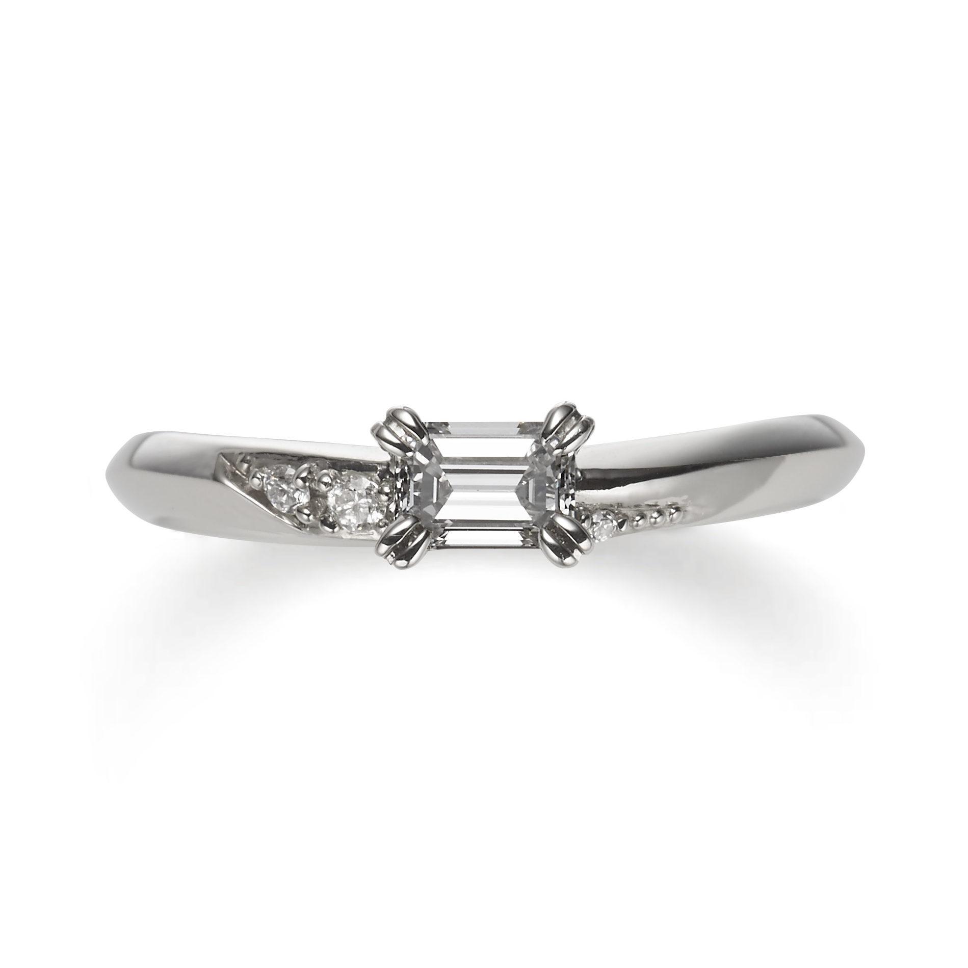 個性的 婚約指輪のネロリ