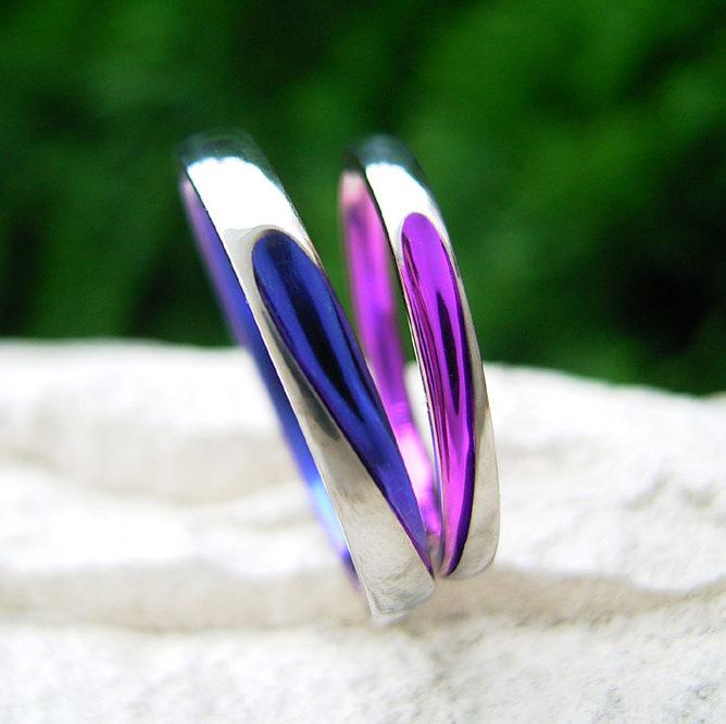 個性的 結婚指輪のハート